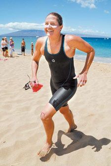 Eney-1st-Place-Maui-Channel-Swim-Record-Breaking-Time